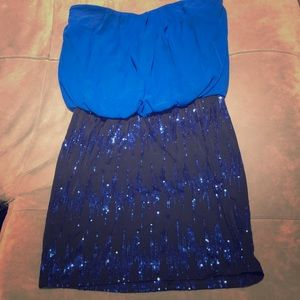 Blouse to fitted strapless sequin dress - Large